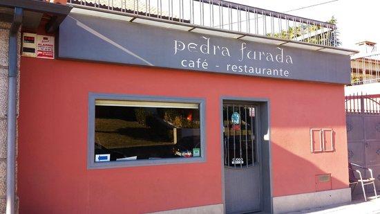 PEDRA FURADA, BARCELOS (PORTUGAL).