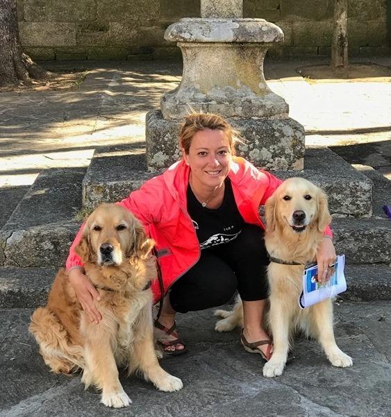 Sarria-Santiago, Camino Frances. Brisa y Ever con Laura.