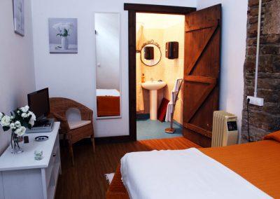 habitacion-doble-con-bano-ALBERGUESANLAZARO
